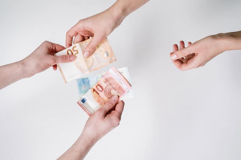 Reclamar una deuda euros